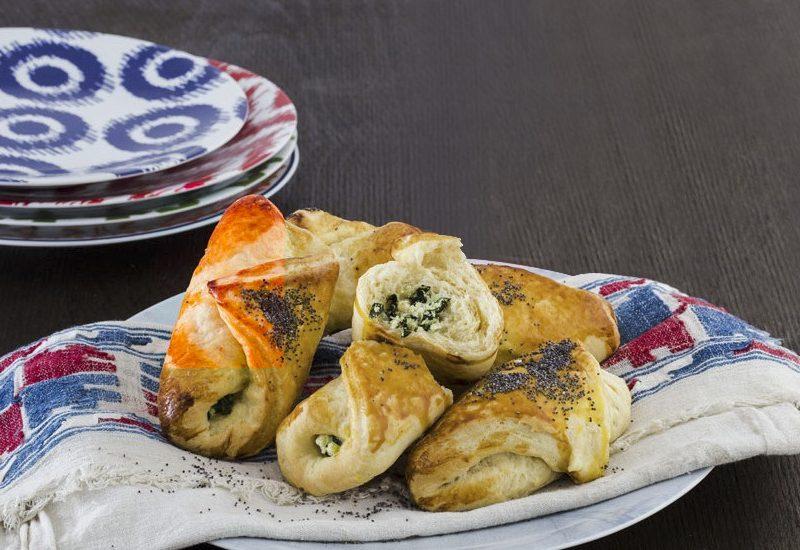 Cornulețe cu spanac și brânză de vaci