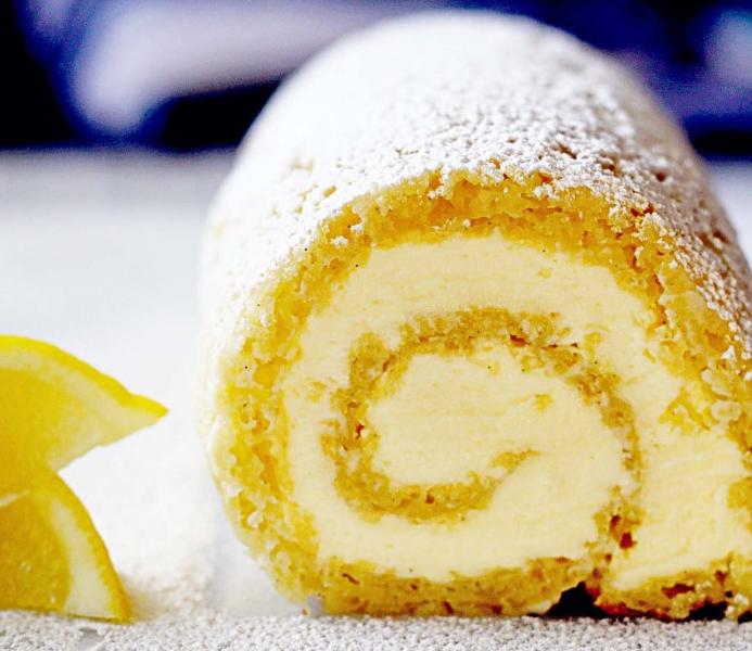 Ruladă de lămâie cu cremă de mascarpone și miere